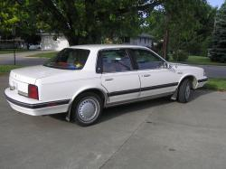 1990 Oldsmobile Cutlass Ciera #11