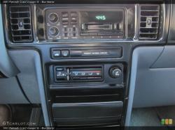 1991 Plymouth Grand Voyager #4