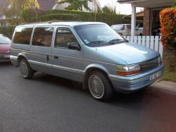 1992 Plymouth Voyager #6