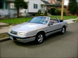 1993 Chrysler Le Baron #3