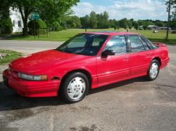 1994 Oldsmobile Cutlass Supreme #2
