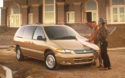 1996 Chrysler Town and Country #6