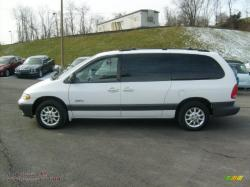 1999 Plymouth Grand Voyager #2