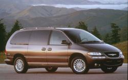 2002 Chrysler Town and Country #2