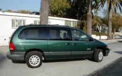2000 Plymouth Grand Voyager #2