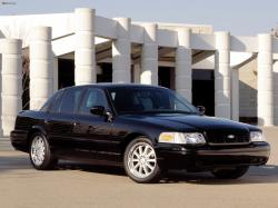 2000 Ford Crown Victoria #4