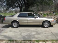2000 Ford Crown Victoria #6