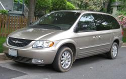 2001 Chrysler Town and Country #10