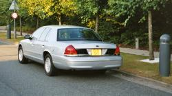 2001 Ford Crown Victoria #9
