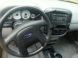 2001 Ford Escape #11