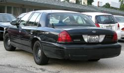 2002 Ford Crown Victoria #2