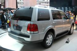 2003 Lincoln Aviator #14