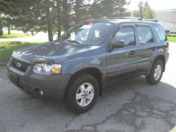 2004 Ford Escape #19