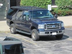2004 Ford Excursion #19