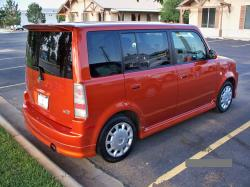 2004 Scion xB #8