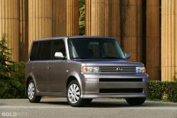 2004 Scion xB #2