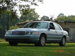 2005 Ford Crown Victoria #10