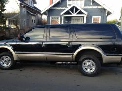2005 Ford Excursion #19