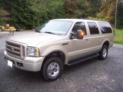 2005 Ford Excursion #18