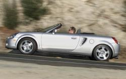 2005 Toyota MR2 Spyder #2
