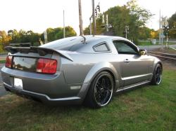 2006 Ford Mustang #17