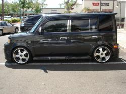 2006 Scion xB #17