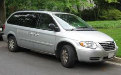 2007 Chrysler Town and Country #13