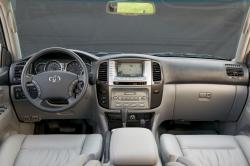 2007 Toyota Land Cruiser #13