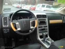 2008 Lincoln MKX #2
