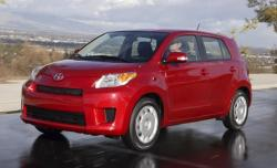 2008 Scion xD #16