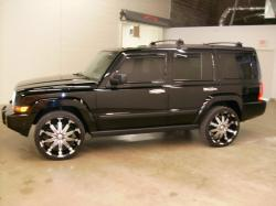 2009 Jeep Commander #3