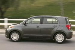 2009 Scion xD #15