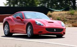 2010 Ferrari California #16