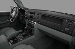2010 Jeep Commander #12