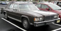 2010 Mercury Grand Marquis #9