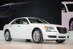 2011 Chrysler 300 #18