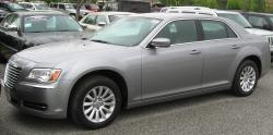 2011 Chrysler 300 #19