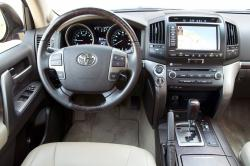 2011 Toyota Land Cruiser #16