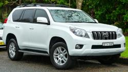 2011 Toyota Land Cruiser #13