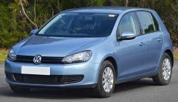 2011 Volkswagen Golf #17