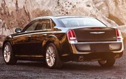 2011 Chrysler 300 #7