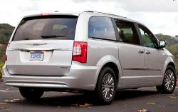 2011 Chrysler Town and Country #6