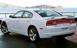 2011 Dodge Charger #6