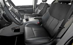 2012 Chrysler Town and Country #14