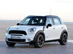 2012 MINI Cooper Countryman #11
