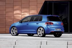 2012 Volkswagen Golf R #10