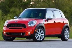 2014 MINI Cooper Countryman #2