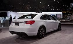 2013 Chrysler 200 #13