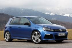 2013 Volkswagen Golf R #11