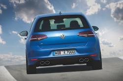 2013 Volkswagen Golf R #17
